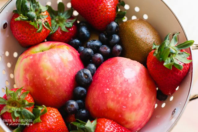 blueberries strawberries apples healthy food
