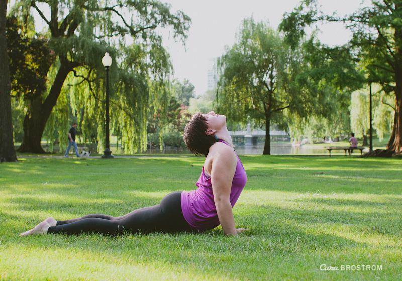 rachel stroud yoga photography boston common park upward facing dog